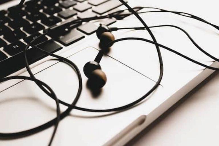 10 Best Earphones Under 600 in India